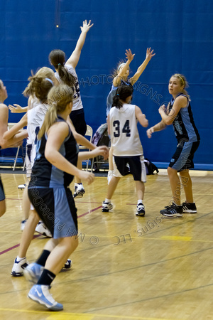 Nekoosa AMS Girls B-Ball 2011 (8th Grade)-013